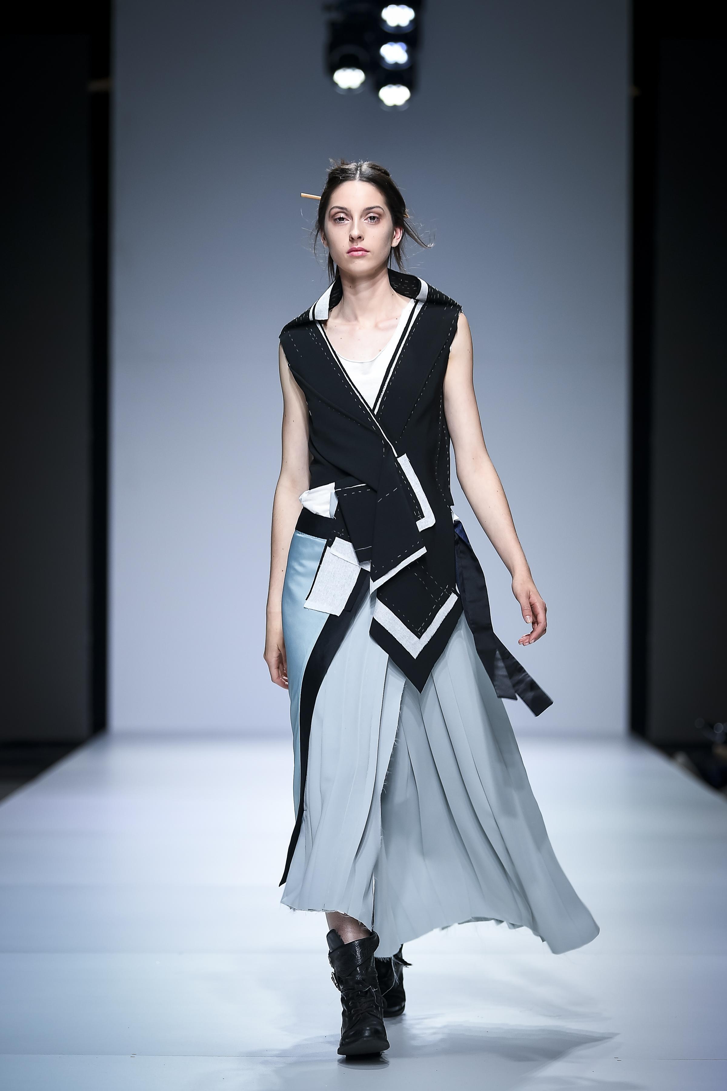 LJFW apr19 Day1 photoJureMakovec 258 Gala Borović pobednica Fashion Scout SEE konkursa