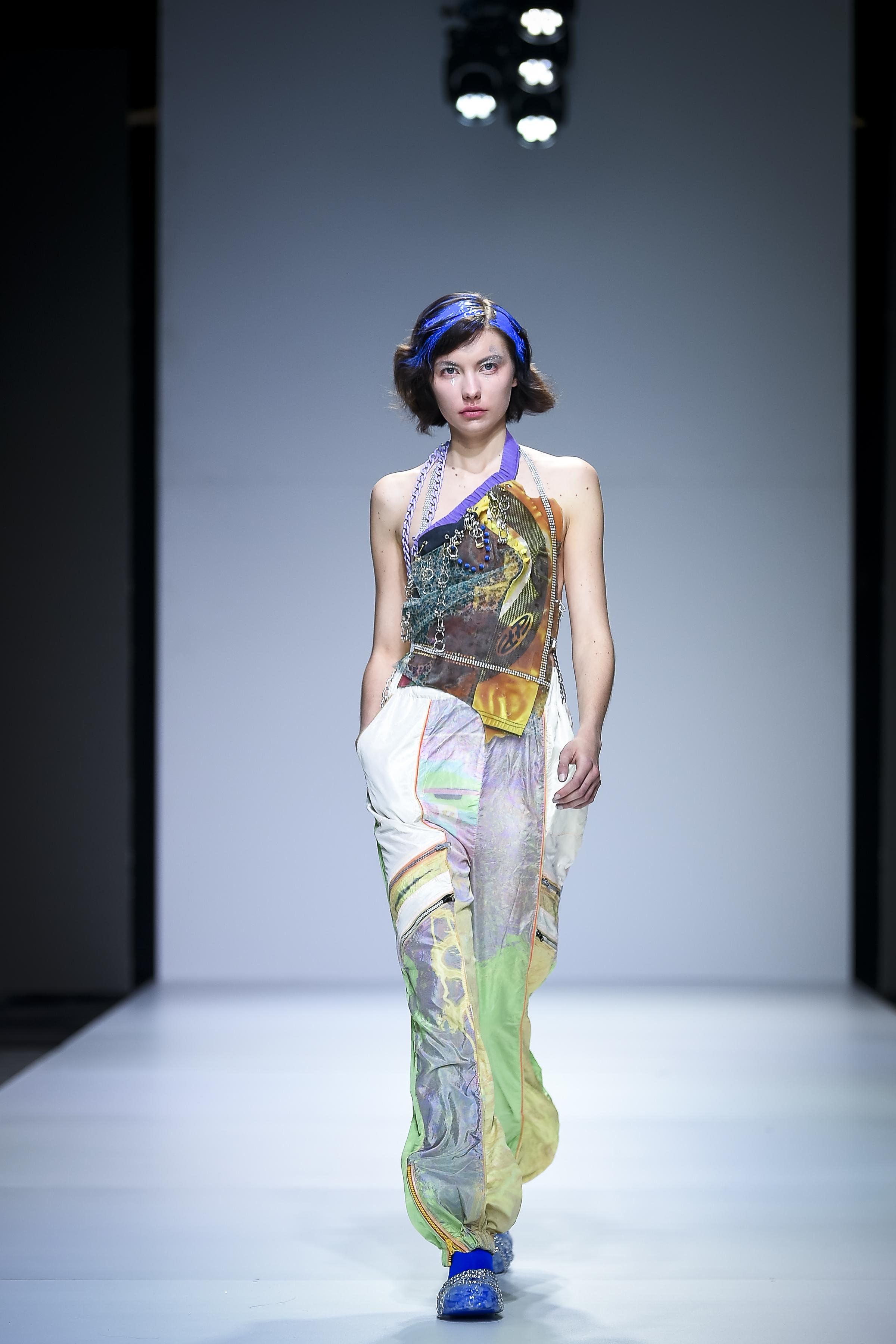 LJFW apr19 Day1 photoJureMakovec 267 Gala Borović pobednica Fashion Scout SEE konkursa