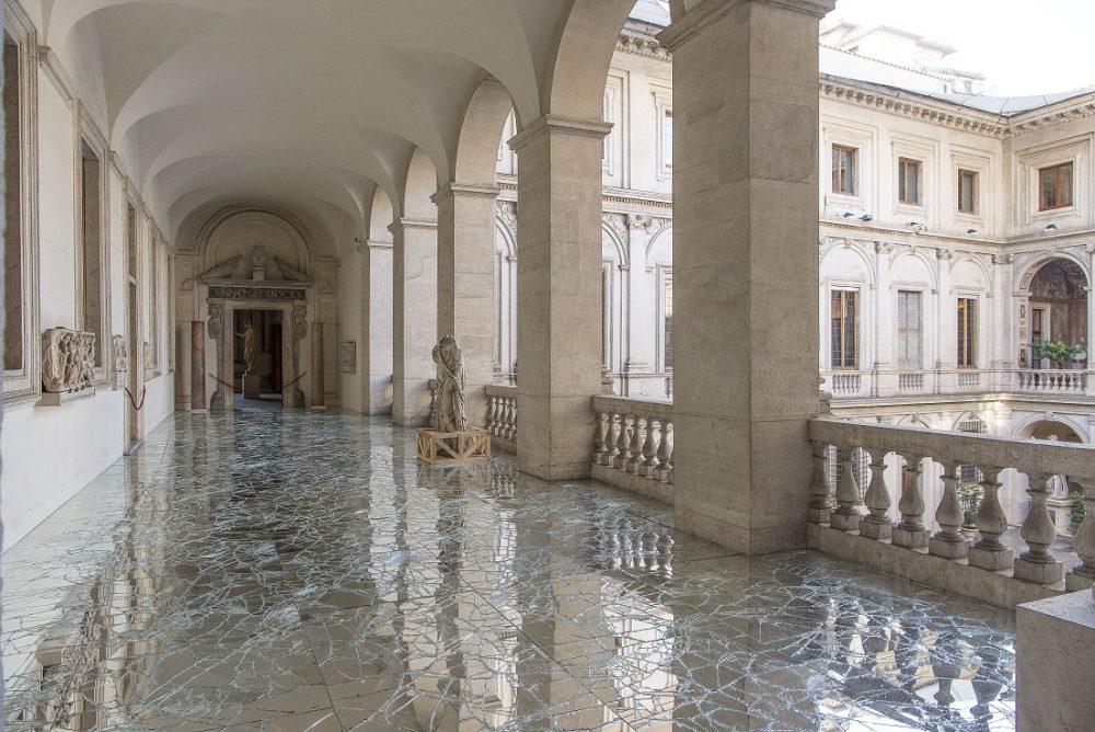 Instalacija KORACI 03 e1556883176895 Gradska dešavanja: Instalacija italijanskog umetnika Alfreda Pirria u Jugoslovenskoj kinoteci