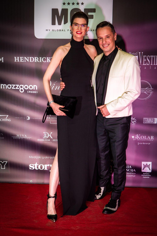 1. MGF 2019 Jelena i Nenad e1560504744979 Nenad Radujević i Jelena Ivanović dobili važna hrvatska modna priznanja u Splitu!
