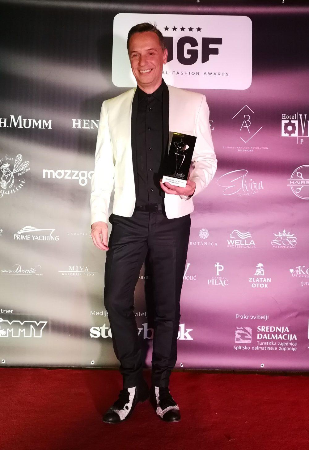 IMG 20190605 224434 e1560504667423 Nenad Radujević i Jelena Ivanović dobili važna hrvatska modna priznanja u Splitu!