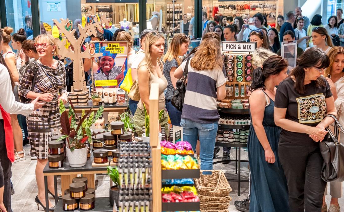 Sa današnjeg otvaranja The Body Shop prodavnice u Delta City tržnom centru 3 The Body Shop je stigao i u Delta City tržni centar!