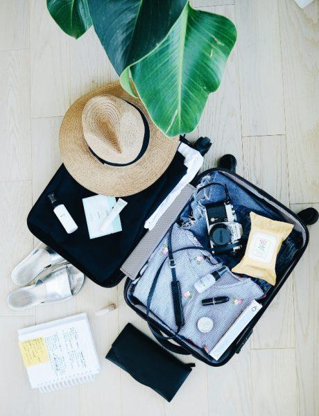 U susret letovanju: Stvari koje obavezno treba da imaš u koferu