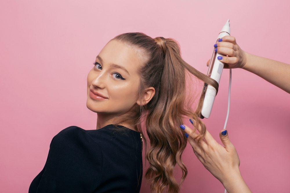 hair lab by philips 5 e1560180173261 Najlepše frizure za posebne prilike koje možeš da napraviš   sama!