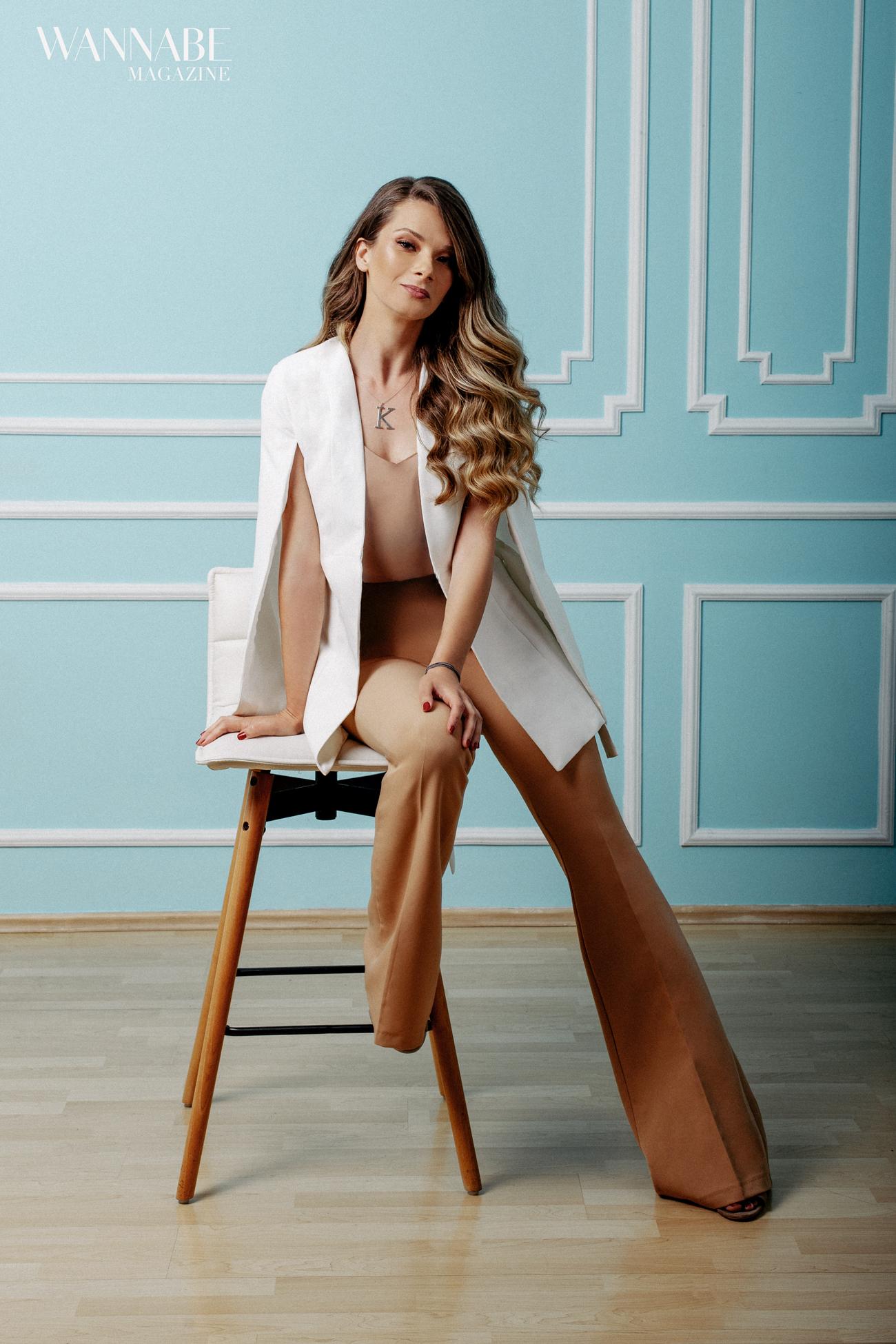 1 2 Katarina Todosijević, PR Agency Director: Svako želi da voli posao kojim se bavi, ali je u marketingu to ujedno i ulaznica za opstanak!
