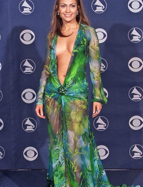 WANNABE HOT: Ovako izgledaju patike inspirisane čuvenom Versace haljinom koju je nosila JLo