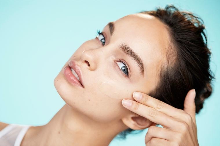 1 4 Testirali smo: Potrebna ti je nega za svežu i blistavu kožu? Ovaj fluid je savršeno rešenje za tebe!