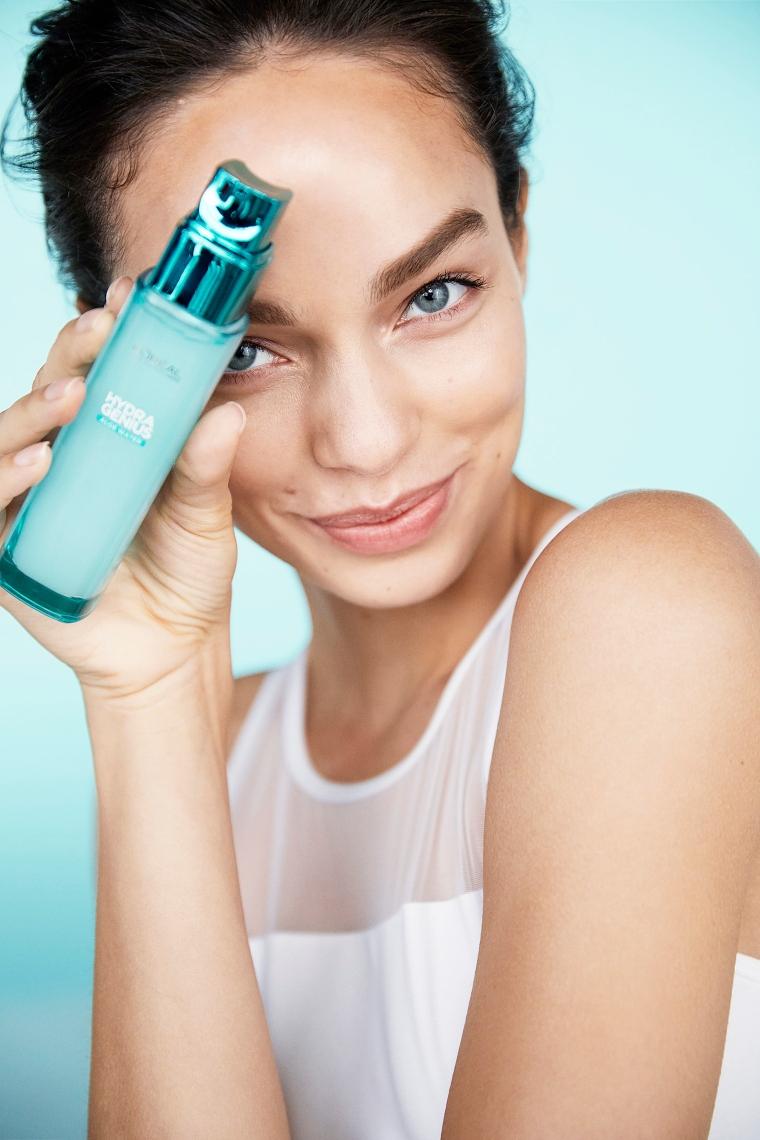 2 2 Testirali smo: Potrebna ti je nega za svežu i blistavu kožu? Ovaj fluid je savršeno rešenje za tebe!