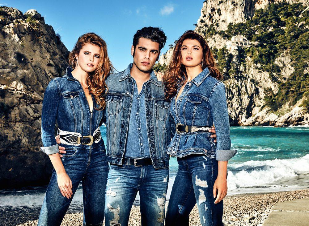 guess jeans fw19 g03 rgb e1565599661249 Mediteranski vajb nove GUESS kampanje: Vrela jesen popularnog američkog brenda