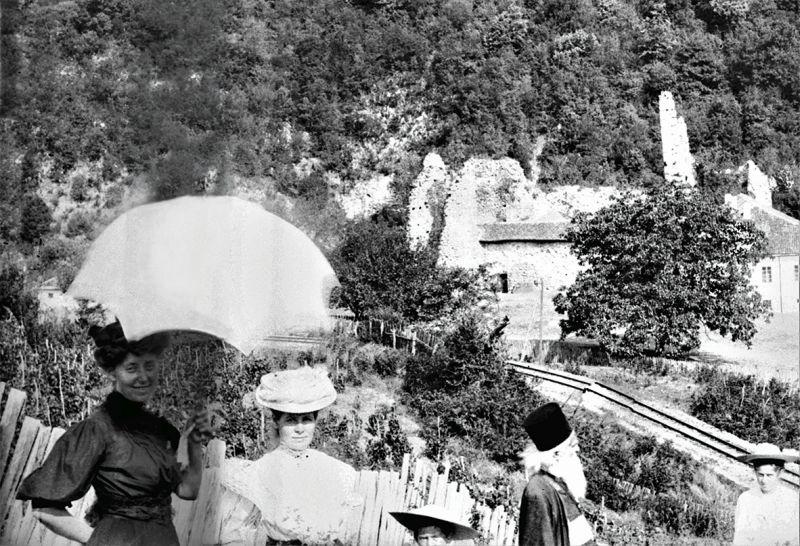 Надежда Петровић Петровићу у посети Сењском рудику 1907. Septembarske izložbe koje ne smeš da propustiš