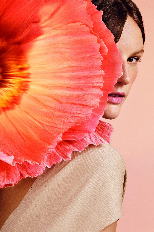 20A01 PR PRNT Poppy And Barley Girl Flower Portrait e1567698757961 Otkrijte POPPY & BARLEY – Novu vodeću damu!