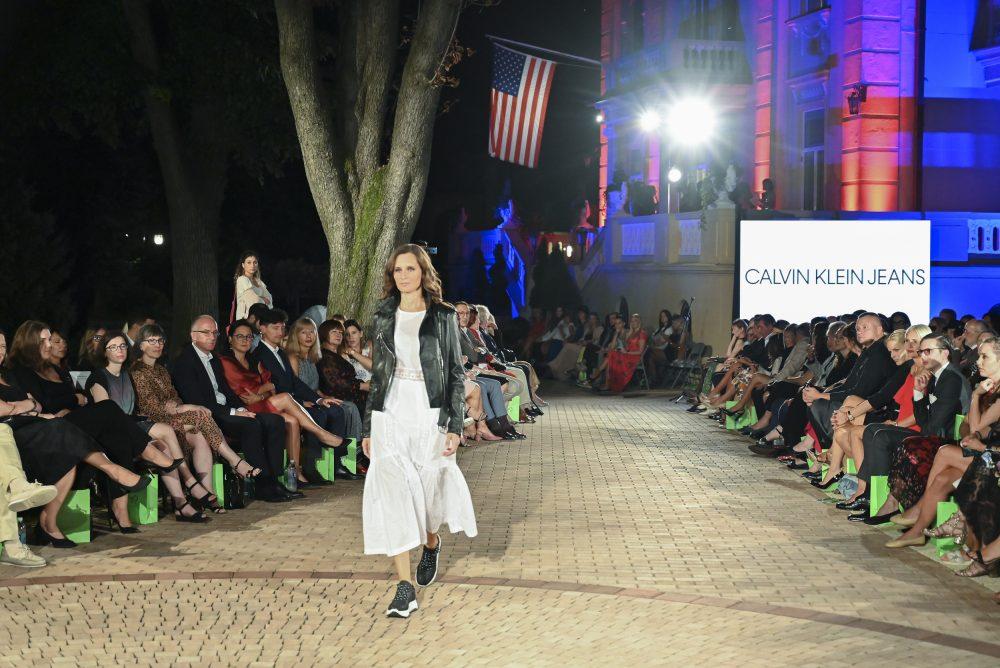 Calvin Klein e1568637769126 Fashion Company prikazao nove kolekcije na Večeri američke mode u Srbiji