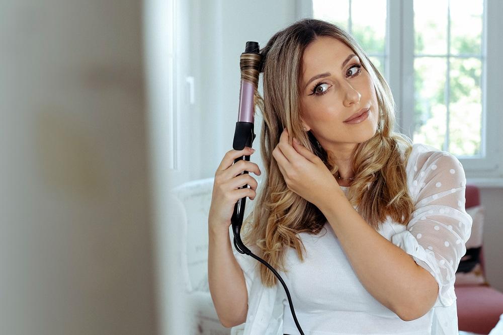 anastasija djuric philips 2 Anastasija Đurić ti otkriva kako da sama stilizuješ kosu kada nemaš vremena za frizera