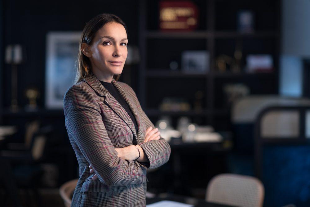 Irena e1571300336322 Irena Trifunović, menadžer za marketing i komunikacije kompanije Opel: Ne možete očekivati natprosečnu karijeru ako niste spremni da uložite natprosečan rad!