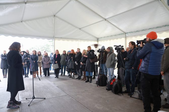 20191203122614 2E3A8378 e1575449705306 Beograd dobio prvu skulpturu za rodnu ravnopravnost i podršku osnaživanju žena