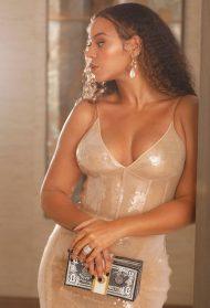 Beauty SOS: Kako da suvu kožu učiniš blistavom – po ugledu na Beyoncé i Meghan Markle