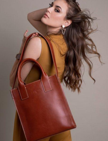 Kako da nosiš najtrendi torbe sezone