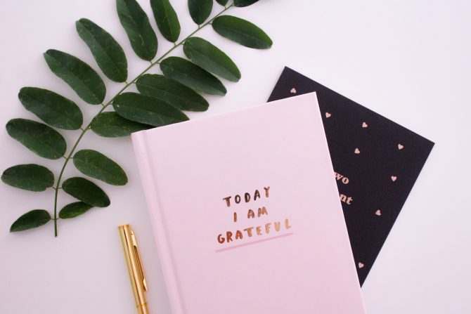 dnevnik zahvalnosti 1 e1585734878395 Može li dnevnik zahvalnosti zaista da unapredi tvoje mentalno zdravlje?