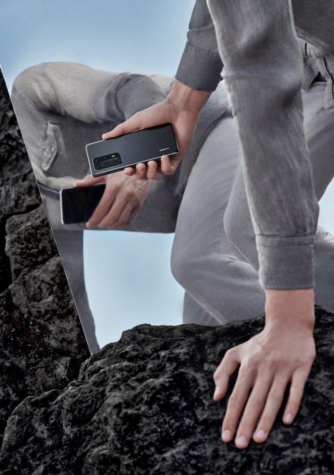 P40 Pro Plus Black Lifestyle 2 e1593765089651 3 razloga zašto je novi Huawei P40 Pro+ pravi izbor za tvoj novi mobilni telefon