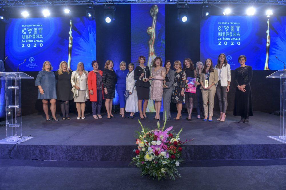 Cvet uspeha za ženu zmaja 2020 e1603971329356 Proglašene najbolje preduzetnice i rodno najsenzitivnije kompanije u Srbiji