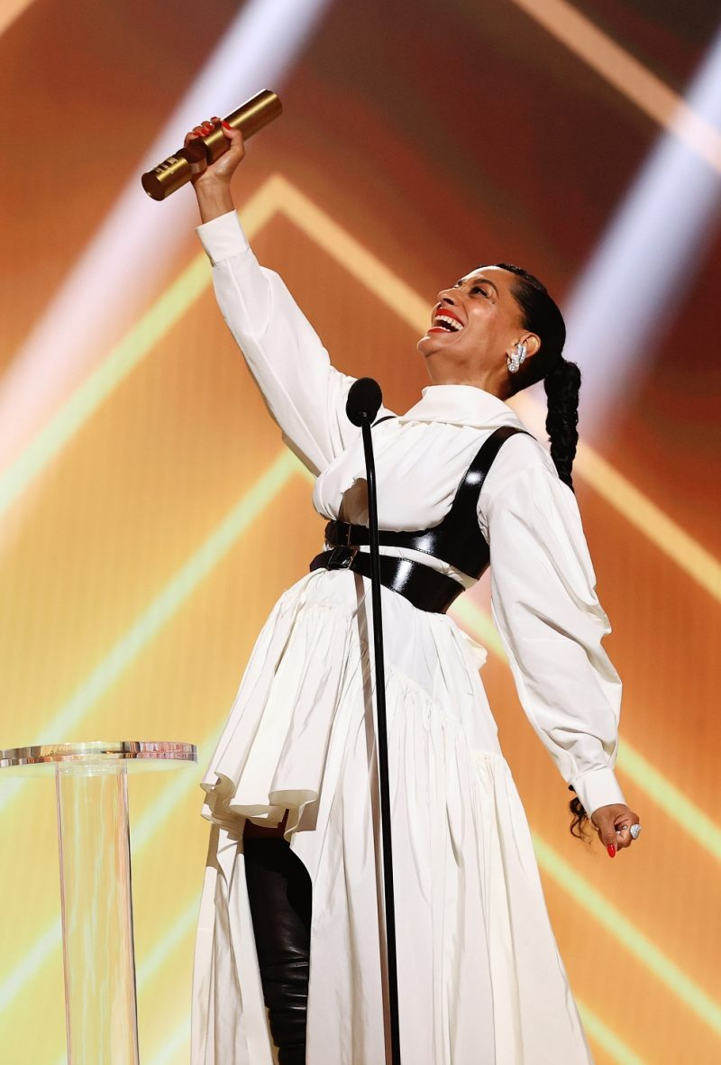 Tracee Ellis Ross PHOTO Cristopher Polk E Entertainment NBCU Photo Bank via Getty Images e1605532575633 Proglašeni pobednici 2020 E! Peoples Choice Awards