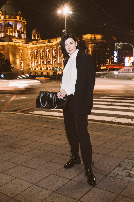 IMG 1078f e1610704356184 Predlog 3 minimalistička outfita   Kako Branislava Antović stilizuje komade Dragane Ognjenović