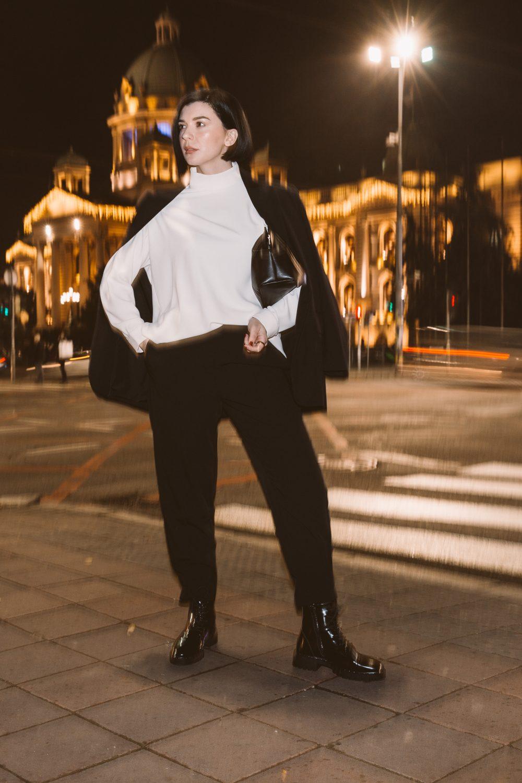 IMG 1144f e1610704564366 Predlog 3 minimalistička outfita   Kako Branislava Antović stilizuje komade Dragane Ognjenović
