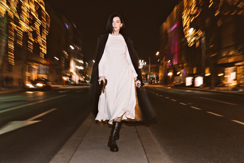 IMG 1169f e1610704532169 Predlog 3 minimalistička outfita   Kako Branislava Antović stilizuje komade Dragane Ognjenović