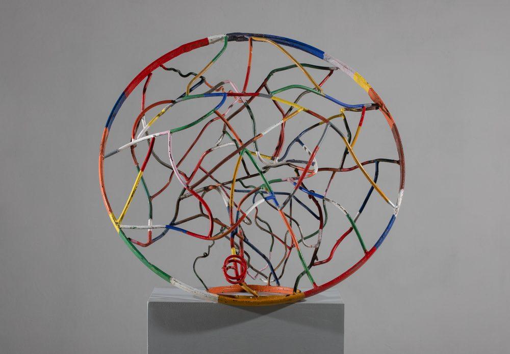 08 Spolja iznutra e1616583858678 Veliki broj skulptura iz različitih faza stvaralaštva Mire Brtke, izložen u Muzeju grada Beograda