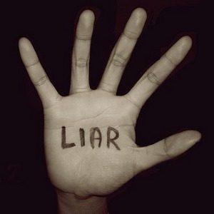 Laži me!