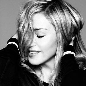 Madonna: Elvis Presley svrgnut sa trona