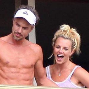 Trach Up: Britney Spears i zvanično luda