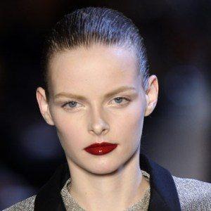 Beauty trend: Tamnije usne