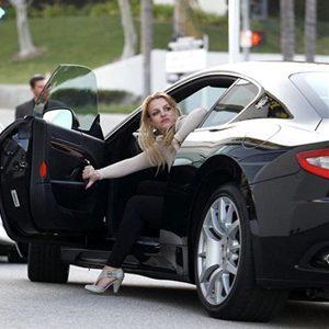 200km/h: Britney Spears, novi BMW, trkački Lotus i Barbikin džip