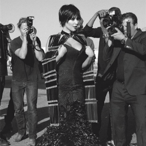 "Modni zalogaj: Kim Kardashian na naslovnici magazina ""L'Uomo Vogue"""
