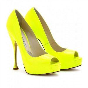 Cipele koje morate imati i način da ih ponesete