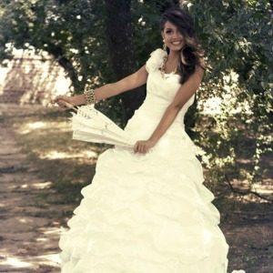 Wannabe Bride modni predlog: Pod zlatnim zracima