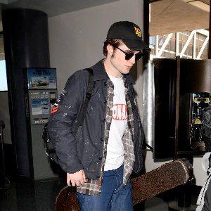 10 odevnih kombinacija: Robert Pattinson