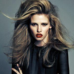 """Vogue Korea"": Moćna Lara Stone"