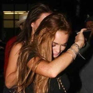 Trach Up: Lindsay Lohan u nevolji ili ne?