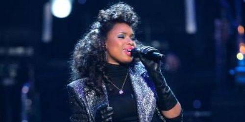 Jennifer Hudson i Usher u čast Whitney Houston