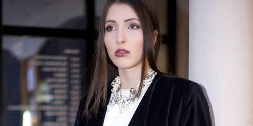 Modni predlog Daniele Glišić: Nežni u boji slonovače