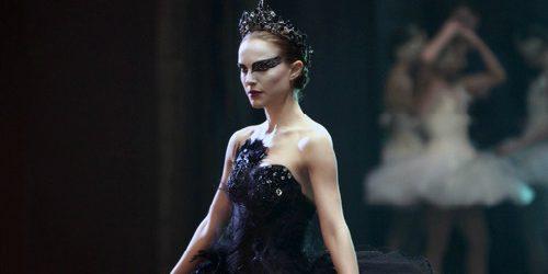 The Best Fashion Moments: Gracioznost crnog labuda
