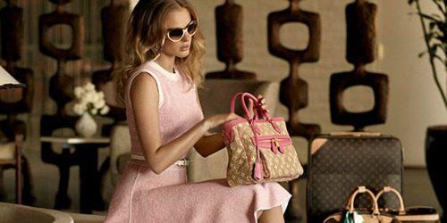 Sedam savršenih roze torbi za putovanje