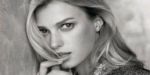 Modni zalogaj: Sigrid Agren u novoj kampanji modne kuće Chanel