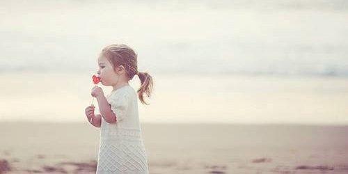 Tako Dunja kaže: Druga devojčica da dobije cveće, kako da ne!