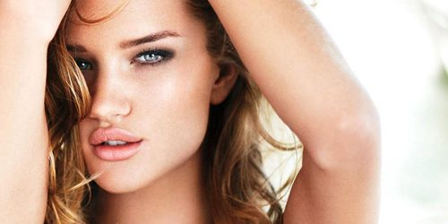 Beauty Look: Rosie Huntington-Whiteley