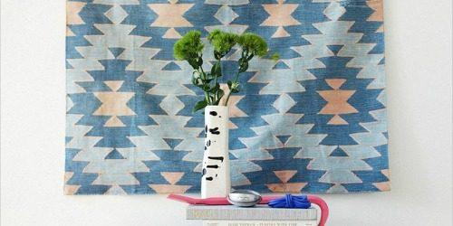 Trik za dekoraciju sobe: Umetnički tekstil za zid