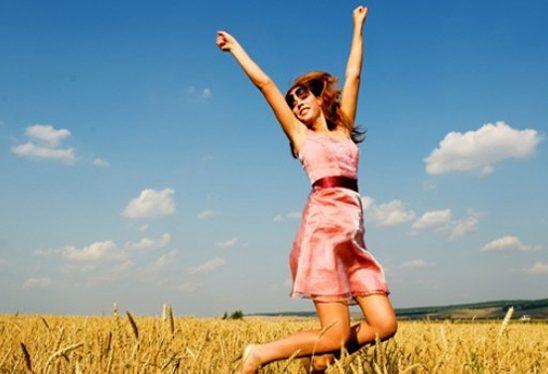 Srećni i zadovoljni: 10 načina kako da budete srećniji u dvadesetim