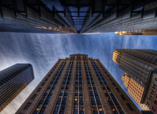 Simetrija u arhitekturi modernih gradova